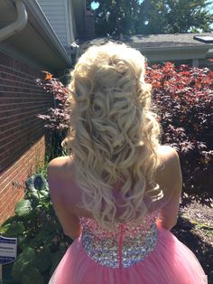 I want this to be Cassidy's  Homecoming Hair!!!