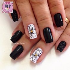 Resultado de imagen para patricia haak nails - Elizabeth B. Fabulous Nails, Gorgeous Nails, Pretty Nails, Pretty Nail Designs, Nail Art Designs, Manicure E Pedicure, Fancy Nails, Flower Nails, Beautiful Nail Art