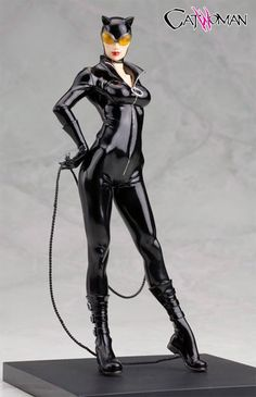 Catwoman was sculpted by master artist Goutaro Takeuchi & ArtFX+ DC Comics Catwoman | Toys and statues | Pinterest | Comic ...