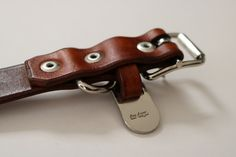 hunter bennington is a local, Cape Town based business, focused on bespoke handcrafted leather dog collars and leads.