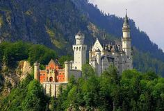 Neuschwanstein - Top 10 Best Places to Visit in Germany http://www.traveloompa.com/best-places-to-visit-in-germany/