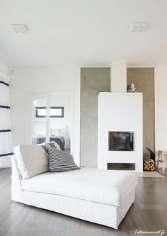 Takka Home Interior, Living Room Interior, Living Room Decor, Living Spaces, Interior Design, Home Fireplace, Fireplace Design, Fireplaces, Home Fashion