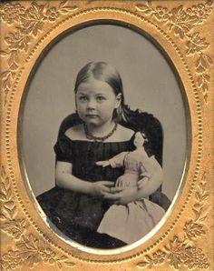 picture by atticbabys - Photobucket Antique Pictures, Old Pictures, Old Photos, Time Pictures, Victorian Dolls, Vintage Dolls, Antique Dolls, Vintage Children Photos, Vintage Images