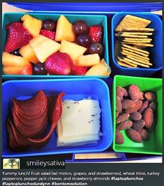 Your Laptop Lunch Photos - Simply Taralynn Lunch Snacks, Healthy Snacks, Healthy Eating, Healthy Recipes, Work Lunches, Detox Recipes, School Lunches, Clean Eating, Lunch Photos