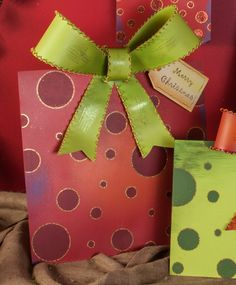 Yard Gift Box Red Dot