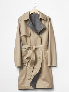 Modern trench coat Product Image
