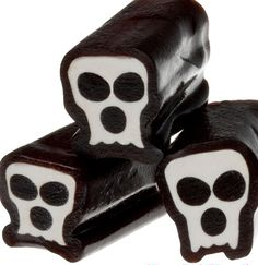 Candy Warehouse is the online bulk candy store that has it all! Halloween Sweets, Halloween Goodies, Halloween Trick Or Treat, Halloween Candy, Holidays Halloween, Bulk Candy, Candy Store, Halloween Havoc, Candy Art