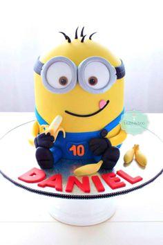 Creative Despicable Me Minion Birthday Cake Ideas - Sassy Dealz