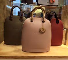 ... Trendy Handbags, Best Handbags, Purses And Handbags, Everything Designer, Kipling Bags, My Bags, Fashion Bags, Bucket Bag, Leather Bag