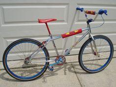 Fox Racing Logo, Bmx Racing, Bmx 20, Gt Bikes, Vintage Bmx Bikes, Gt Bmx, Bmx Cruiser, Push Bikes, Bmx Freestyle