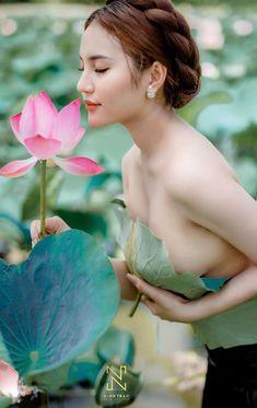 Beautiful Red Hair, Beautiful Asian Women, Korean Beauty Girls, Asian Beauty, Cute Japanese Girl, Exotic Beauties, Sweet Lady, Girl Pictures, Belle