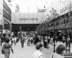 A photo of Market Street and the Arndale Centre in Manchester on December 22, 1986.