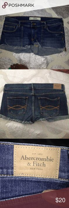 🙄LAST CALL🆕Abercrombie & fitch denim shorts PERF 🆕Abercrombie & fitch denim shorts PERFECT STRECH   New without tags   Size 10 Waist 30 Inseam 1.5  inches Abercrombie & Fitch Shorts Jean Shorts