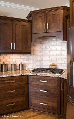 Terrific Images brown Kitchen Cabinets Ideas Your kitchen cabinets set the stage Black Kitchen Cabinets Brown cabinets ideas images kitchen set stage Terrific Walnut Kitchen Cabinets, Stained Kitchen Cabinets, Kitchen Cabinet Colors, Painting Kitchen Cabinets, Kitchen Redo, New Kitchen, Dark Wood Cabinets, Kitchen Makeovers, Kitchen Ideas With Brown Cabinets