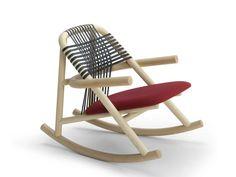 Schaukelstuhl aus Holz mit Armlehnen UNAM | Schaukelstuhl - Very Wood