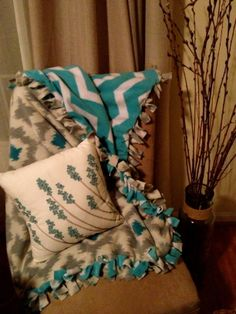 Easy no-sew blanket instructions http://mfitzg20.wordpress.com/can-you-diy-2/