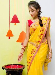 bharatnatyam mudras done on saree - exclusive one