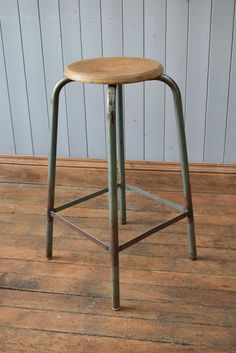 Vintage Stool Tall Wooden & Tubular Metal Industrial Kitchen/Bar Stool…