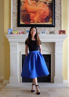 DESCRIPTION Size Available :S,M,L Length(cm) :S:67cm,M:68cm,L:69cm Waist Size(cm) :S:62cm,M:66cm,L:70cm Pattern Type :Plain Silhouette :Flared Dresses Length :Knee Length Color :Blue Material :Polyest