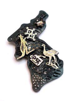 Joungmee Do  Brooch: Untitled  Steel, fine gold, fine s