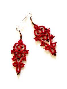 Rote Perlen Ohrringe tatted Spitze / / rot von MypreciousCG auf Etsy