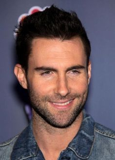 Adam Levine by angelita