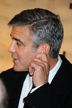 profile pictures of men's haircuts | George Clooney Haircut