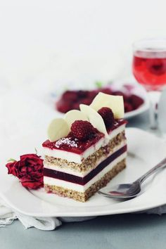 Raspberry and white chocolate entrement with mascarpone mousse. This makes me want to try the Delicious Dessert Tour! Fancy Desserts, Just Desserts, Delicious Desserts, Yummy Food, Sweet Recipes, Cake Recipes, Dessert Recipes, Mini Cakes, Cupcake Cakes