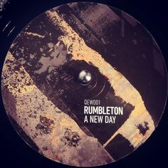 #nowspinning Rumbleton - A New Day. North Of 7 Sounds: QEW001 (2017). Believe this is an amazing EP from the man like Rumbleton. First release on the North Of 7 Sounds label straight outta Canada. It's not all about that JB breakdown but that is something to behold. Big up @damo.northof7 for bringing this to he junglists out there and to @rumbleton_standfirm for immense production as standard. #dnb #drumandbass #drumnbass #jungle #rumbleton #northof7sounds #northof7 #canada #vinyl…