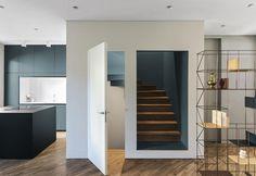 pareti-colorate-casa-indipendente-milano-ingresso
