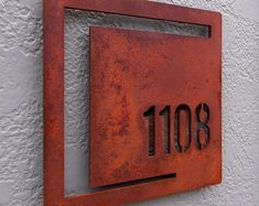 Creative House Number Ideas The Importance of House Numbers Creative House Number Ideas. House numbers are so important and yet they are completely overlooked. Decoration Entree, House Names, Door Numbers, Address Plaque, Signage Design, Home Signs, Modern Rustic, Metal Art, Custom Homes