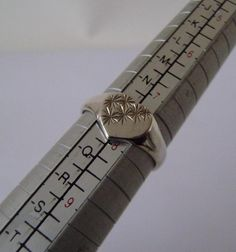 Silver 925 Women s Designer Heart Signet Ring Size O-1/2 Jewellery Vintage
