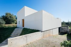 Image 1 of 33 from gallery of House in Preguiçosas / Branco-DelRio Arquitectos…