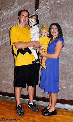 Charlie Brown Family - 2013 Halloween Costume Contest via @costumeworks