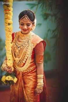 #southindianweddings South Indian Wedding Hairstyles, Indian Wedding Wear, Indian Bride And Groom, South Indian Weddings, South Indian Bride, Saree Wedding, Punjabi Wedding, Boho Wedding, Wedding Reception