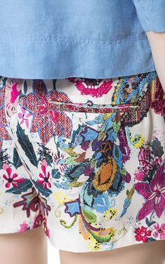 SHORT FLUÍDO ESTAMPADO - Shorts - Mujer - ZARA España