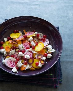 In addition to being totally delish, this salad is a feast for the eyes.