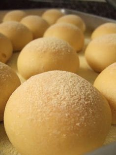 I love homemade bread and buns, and baking buns is very therapeutic for me. I Love Food, Good Food, Yummy Food, Baking Buns, Friend Recipe, Bread Cake, Portuguese Recipes, Beignets, Sweet Recipes