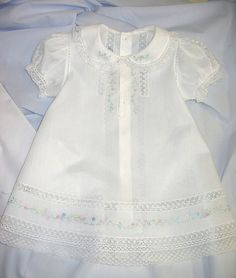 Dot's White Nelona Embroidered Baby Dress (Old. Baby Outfits, Little Girl Dresses, Kids Outfits, Girls Dresses, Vintage Baby Dresses, Baby Clothes Patterns, Clothing Patterns, Dress Patterns, Coat Patterns