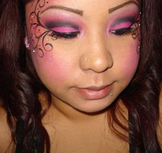 super cool butter fly halloween makeup. also great for kids face painting at festivals
