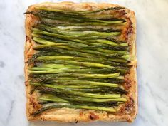 25 Best Spring Appetizer Recipes Puff Pastry Appetizers, Easter Appetizers, Appetizers For A Crowd, Quick And Easy Appetizers, Thanksgiving Appetizers, Appetizer Recipes, Puff Pastries, Appetizer Dips, Tart Recipes