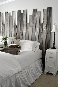 Amazing Reclaimed Wooden Headboard, Carpentry Woodworking, Design D Cor, Salvaged  Boards Create An Interesting Rustic Headboard