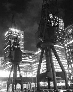 Contrast of dock cranes at Canary Wharf  #bnwphotography#igersbnw#bwoftheday#blacknwhite#bw#black#white#bnw#mono#nb#bw_lover#monochrome#byn#bwstyles#bwbeauty#noirlovers#ic_bw#bw_society#architecture#architectureporn#architecturelovers#urban#buildingporn#city#ic_architecture#instadaily#ig_worldwide#ic_architecture#ig_worldclub#traveller#instatravel by tcbainbridge