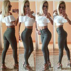 #ootd-curvish #selfie @dalmaviczai #booty #fashion