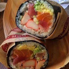 it's 3 am and I'm dreaming of sushi burritos #idreamofsushi #sushirritos credit…
