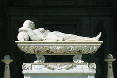 Tomb at Staglieno Cemetery, Genoa, Italy