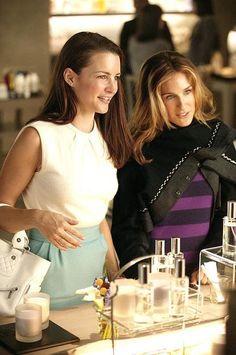 Charlotte York and Carrie Bradshaw Normcore Fashion, Fashion Tv, Kristin Davis, Sarah Jessica Parker, Charlotte York, Kim Cattrall, City Outfits, Carrie Bradshaw, Movies