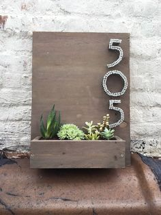 Planter House Number
