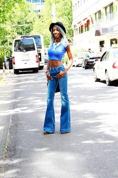 wide-legs jeans