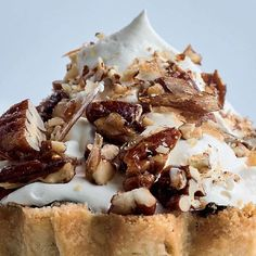 Combining perfect flaky pastry, whipped cream, meringue and candied pecans, what's not to love about a dessert of Ottolenghi and Helen Goh's Mont Blanc Tarts? Chocolate Dishes, Chocolate Pastry, Flourless Chocolate Cakes, Gourmet Recipes, Sweet Recipes, Curry Pasta, Salad Cake, Flaky Pastry, Candied Pecans